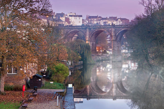 Knaresborough viaduct and river